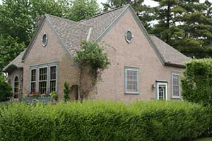 Stucco siding on a colonial style home