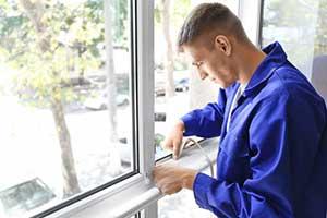Northern Virginia window contractor replacing old window