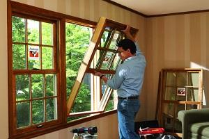 windows replacment in progress by expert
